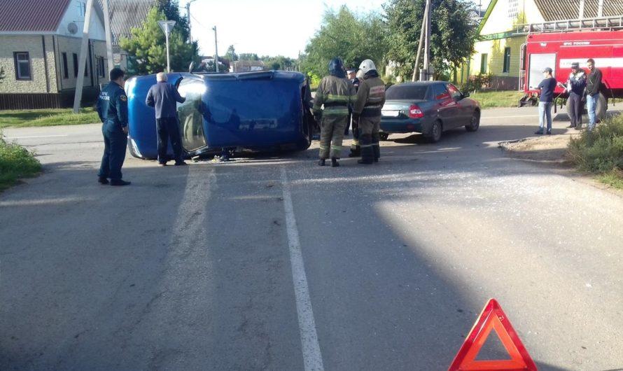 В Бугуруслане столкнулись три автомобиля