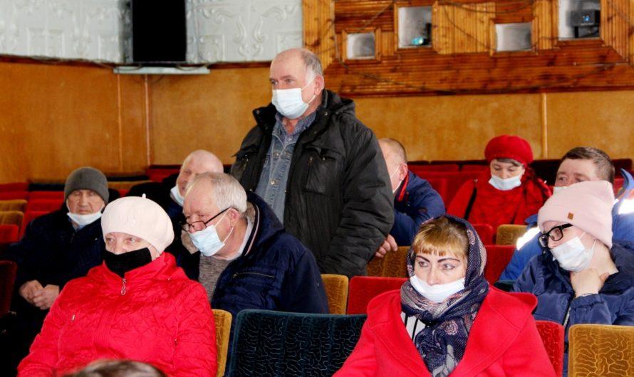 Глава Бугурусланского района Анатолий Полькин встретился с жителями села Аксаково