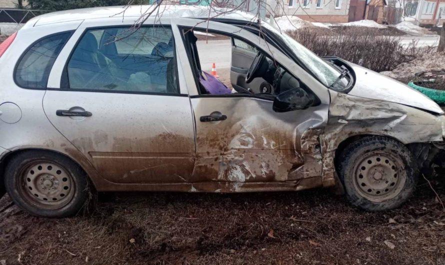 В Бугруслане при столкновении «ГАЗели» и «Калины» пострадал пенсионер