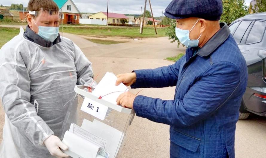 Глава Бугурусланского района Анатолий Полькин принял участие в выборах