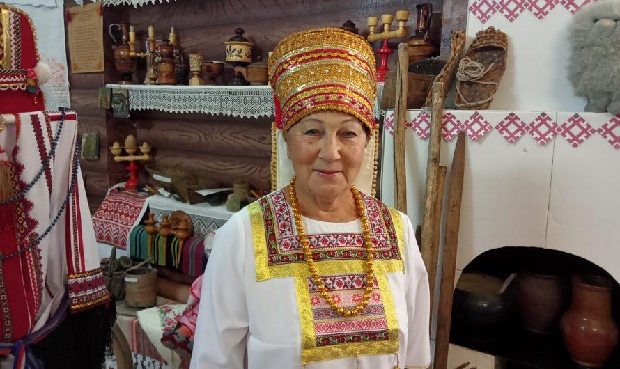 Хранительница национальных традиций